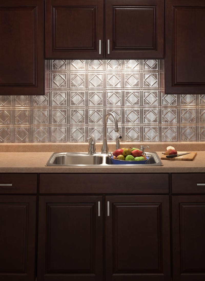 Choosing a backsplash bray scarff kitchen design blog for Kitchen tiles pictures