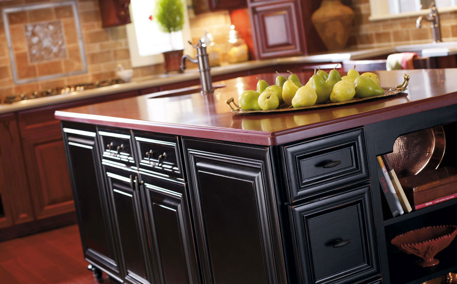 Black is back kitchen design blog for Black onyx kitchen cabinets