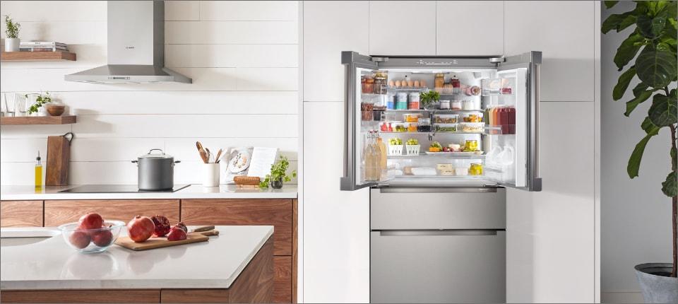 800 Series Bosch 4-Door vs Café 5-Door Refrigerator