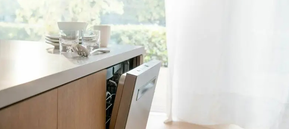 Dishwashers: Bosch SHP865ZD5N vs. JennAir JDTSS247HS