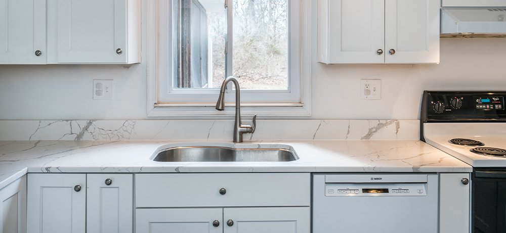clean-white-in-herndon-va-with-ge-appliances-and-schrock-cabinetry