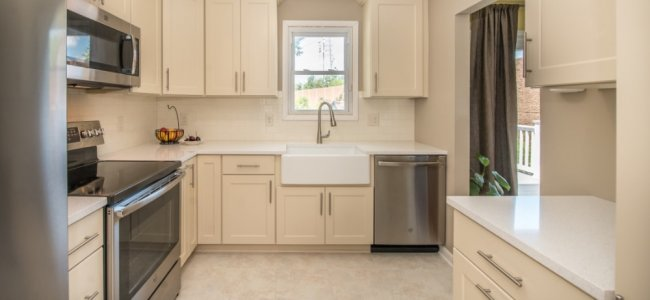 the-creme-de-la-creme-of-kitchens-catonsville-md-with-ge-appliances-dynasty-cabinetry