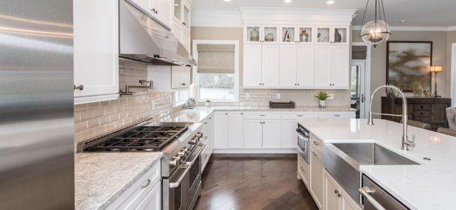 rolling-on-the-river-in-occoquan-va-with-jennair-appliances-and-dynasty-cabinetry