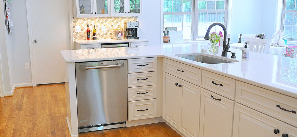 Spacious White Kitchen In Rockville, MD With GE Monogram