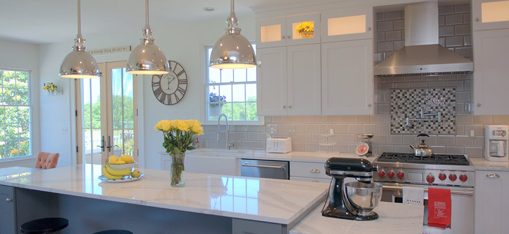 Timeless White Kitchen In Lovettsville Va With Wolf Subzero Appliances And Omega Cabinetry Bray Scarff Appliance Kitchen Specialists