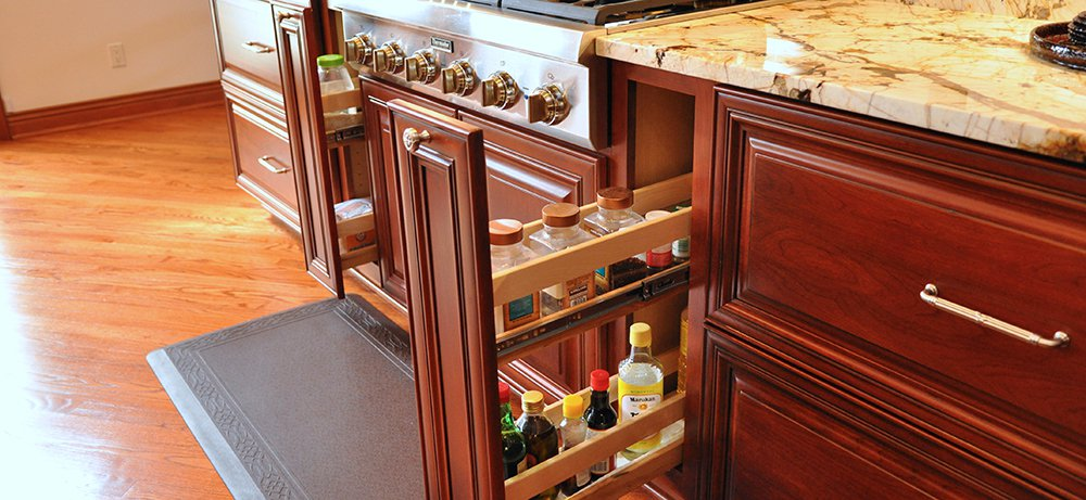 Gorgeous Kitchen Renovation In Potomac Maryland: Traditional Cherry Kitchen In Potomac, MD With Thermador