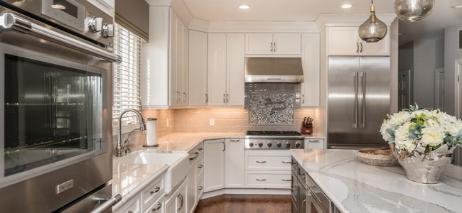 white-grey-in-herndon-va-with-thermador-appliances-and-dynasty-cabinetry